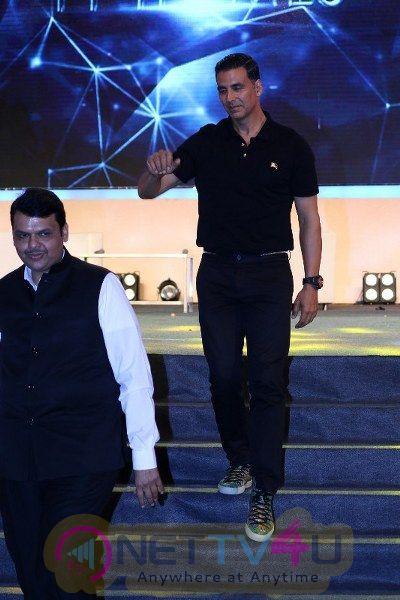 Akshay Kumar At Transform Maharashtra Innovative Exhibition Hindi Gallery