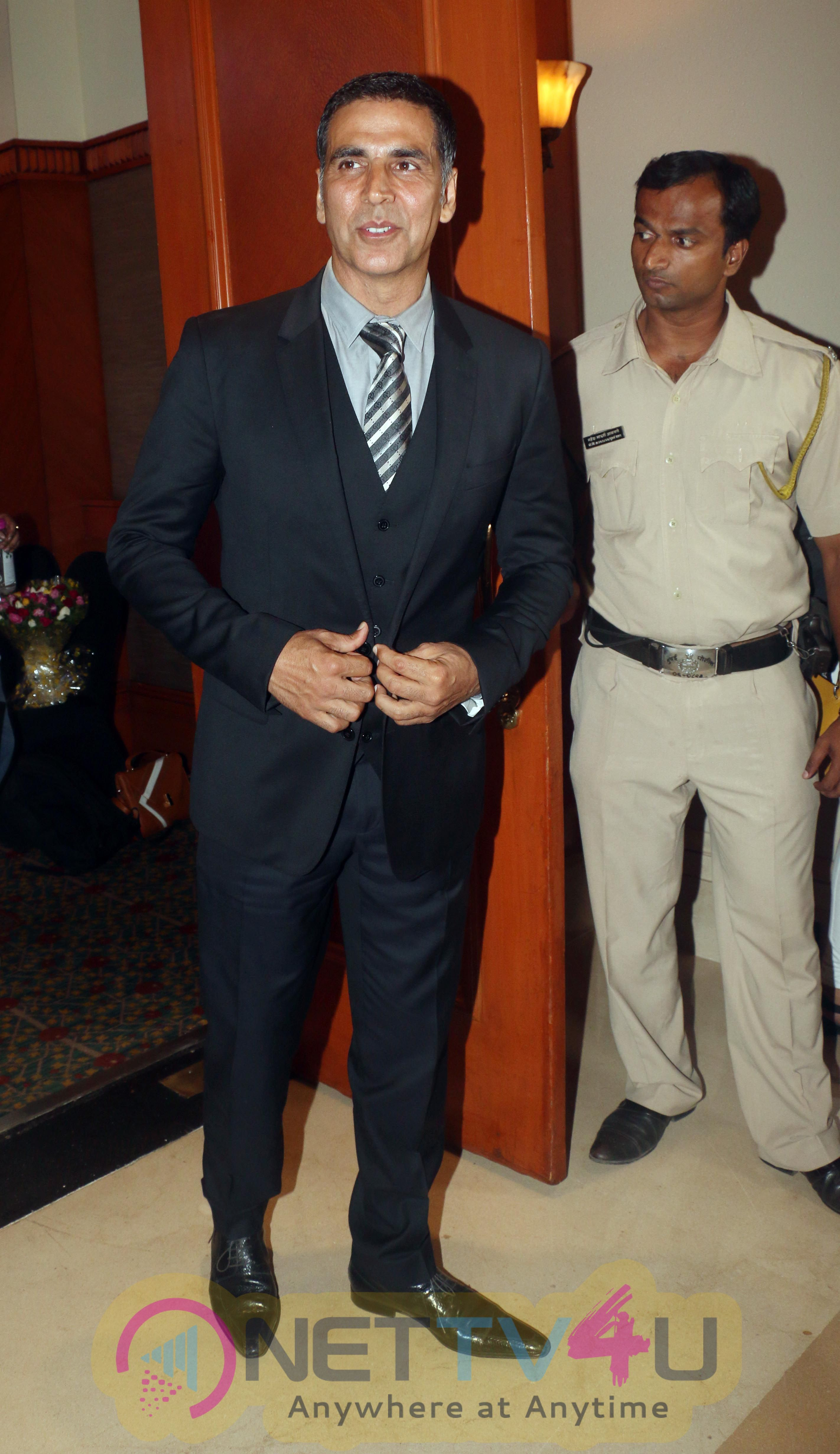 Akshay Kumar  The Launch Of New India Conclave to JW Mrriott Jhu