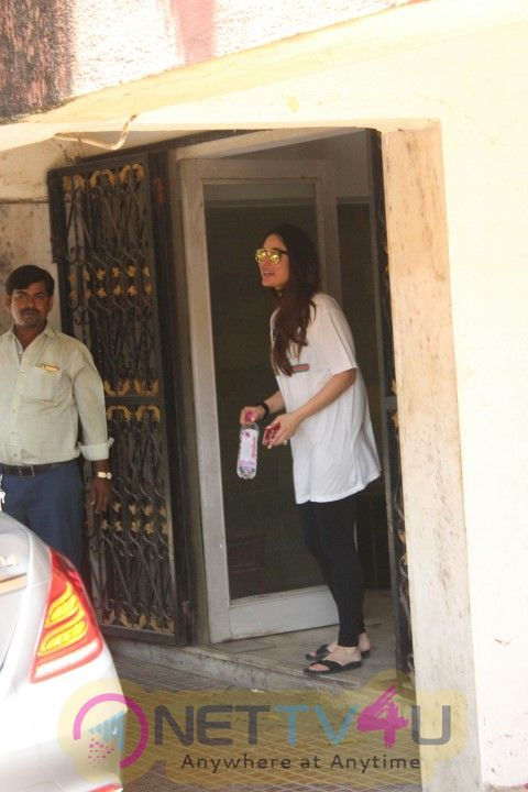 Kareena Kapoor Khan Came To GYM In Bandra