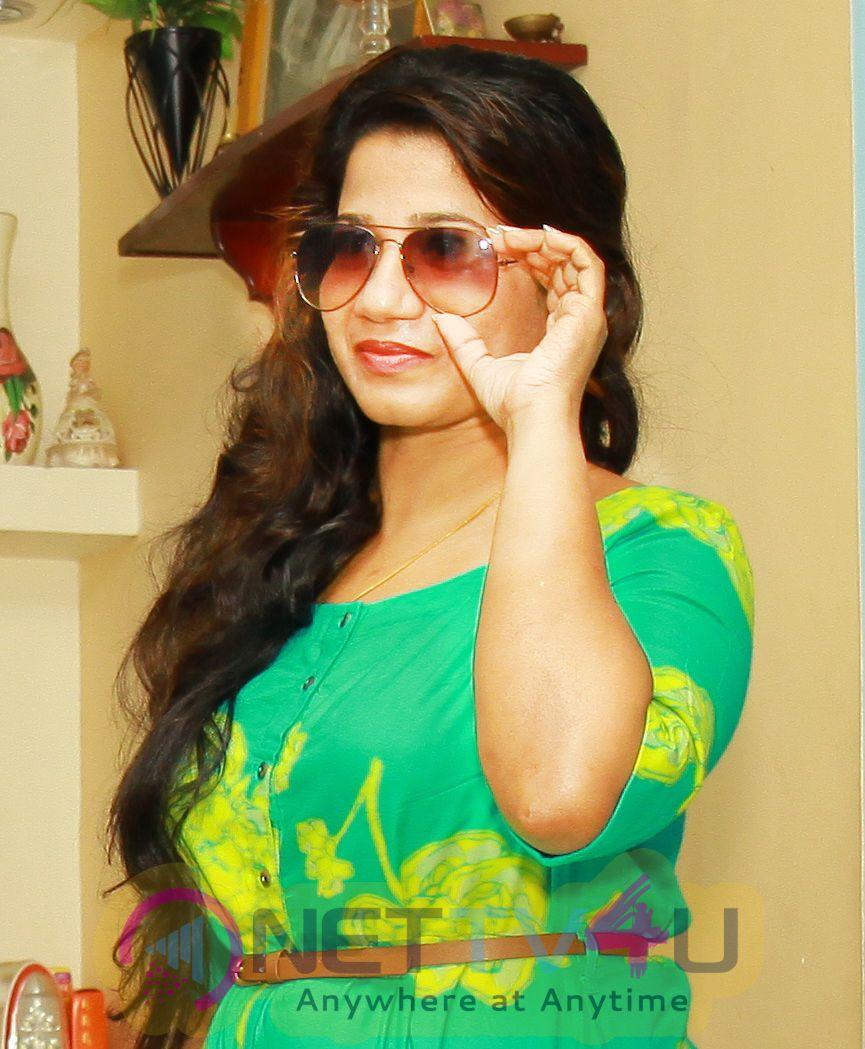 Actress Kala Kalyani Cute Pics Malayalam Gallery