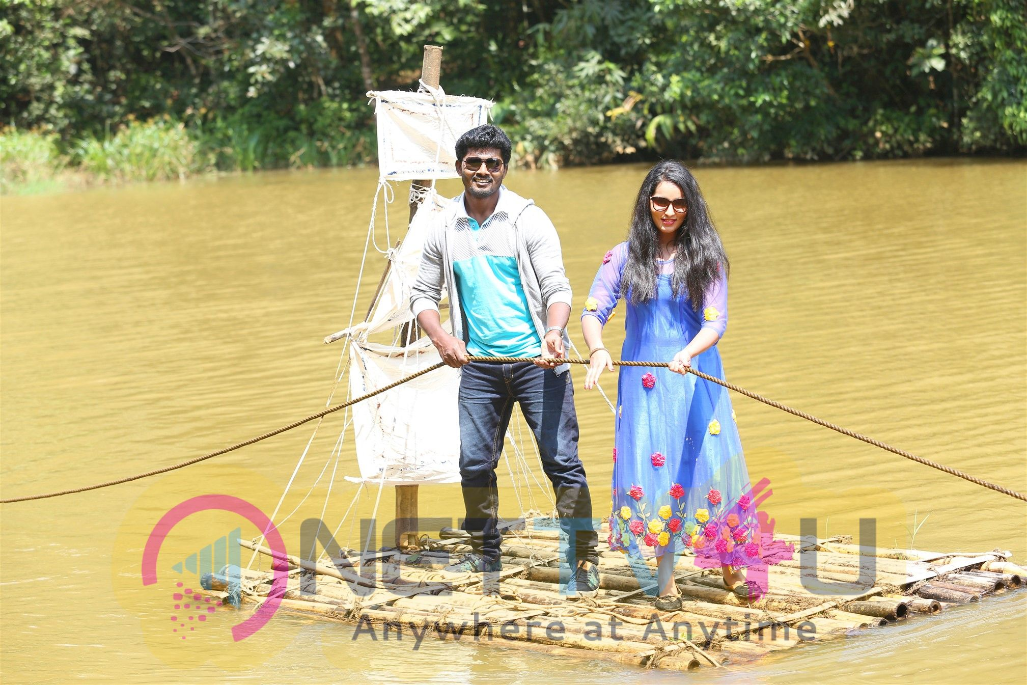 Aruva Sandai Movie Stills Tamil Gallery