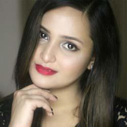 Aliya Naaz Hindi Actress