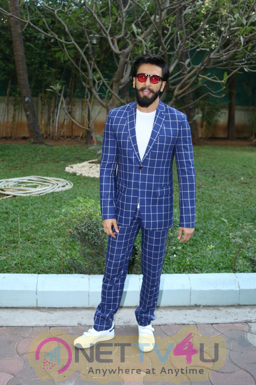 Spotted Ranveer Singh And Vaani Kapoor Promote Befikre Lovely Pics