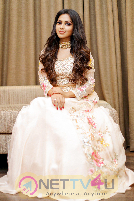 Actress Amala Paul New Photoshoot Tamil Gallery