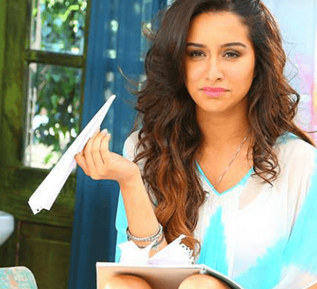 Shraddha Kapoor's Half Girlfriend Trailer To Be..