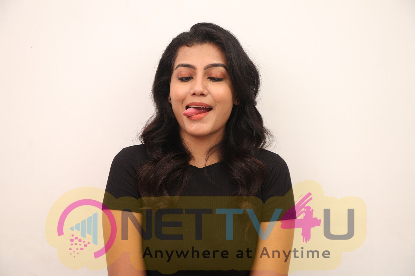 Actress Chandana Raj Exclusive Interview Images Tamil Gallery