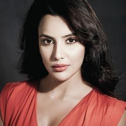 Priya Anand Tamil Actress
