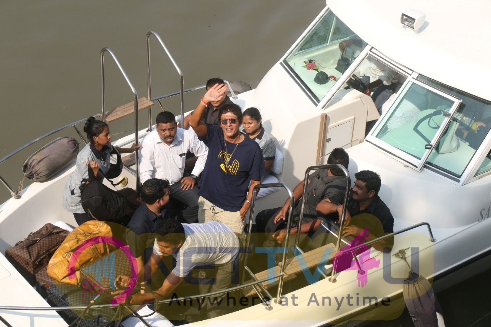 Celebrities Spotted At Gateway Of India As They Return From Shah Rukh Khan Birthday Party At Alibaug