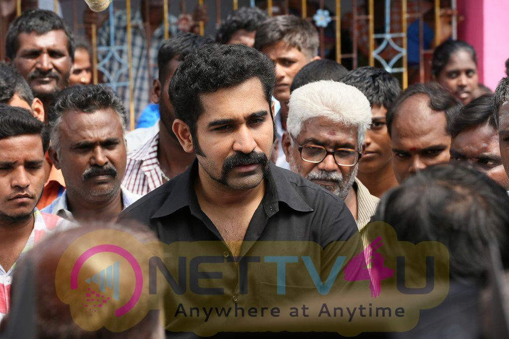 Yaman Movie Classy Stills And Marvelous Working Images