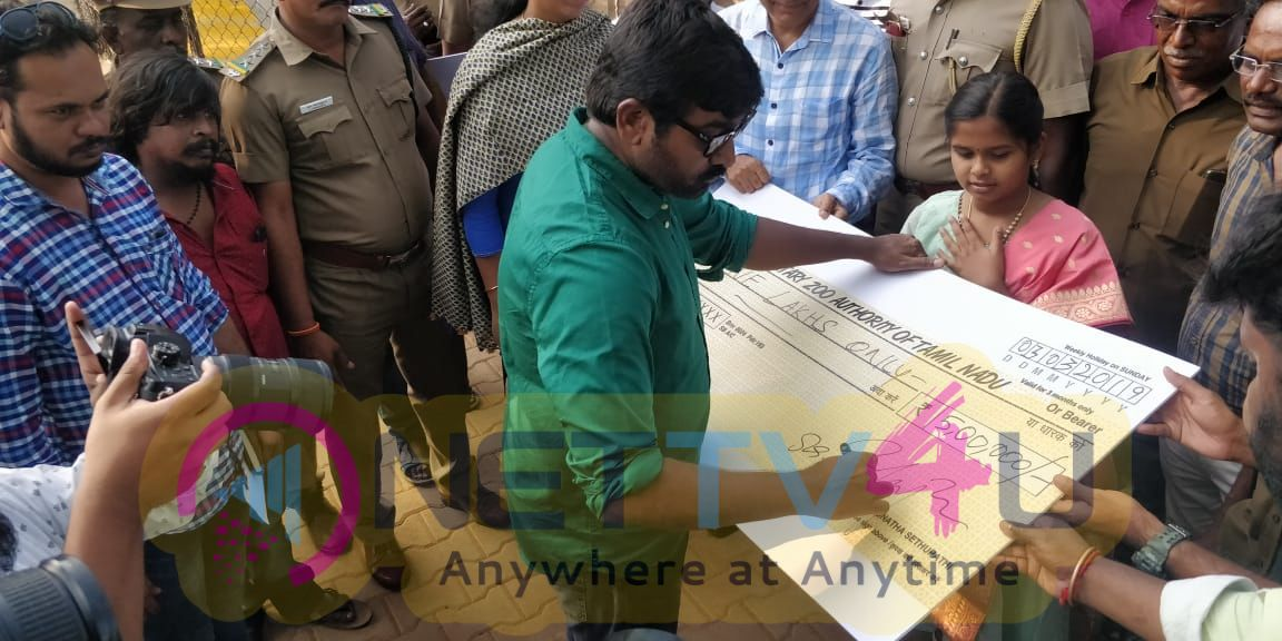 Vijay Sethupathi Adopts A White Tiger From Our Arignar Anna Zoological Park Pics