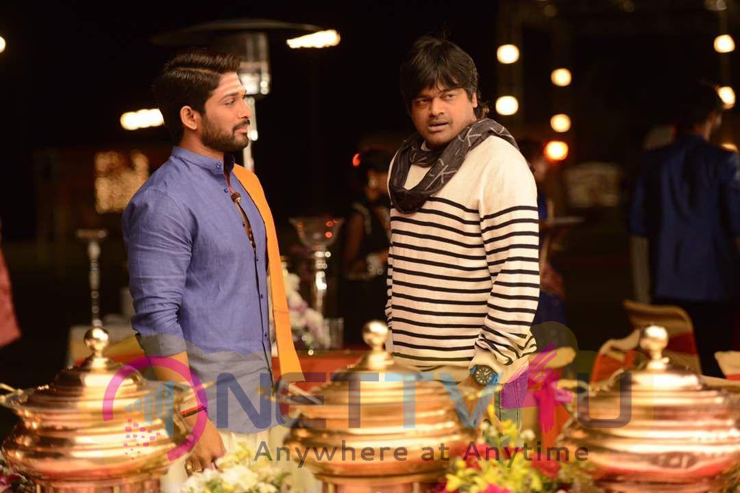 Duvvada Jagannadham Movie Working Stills