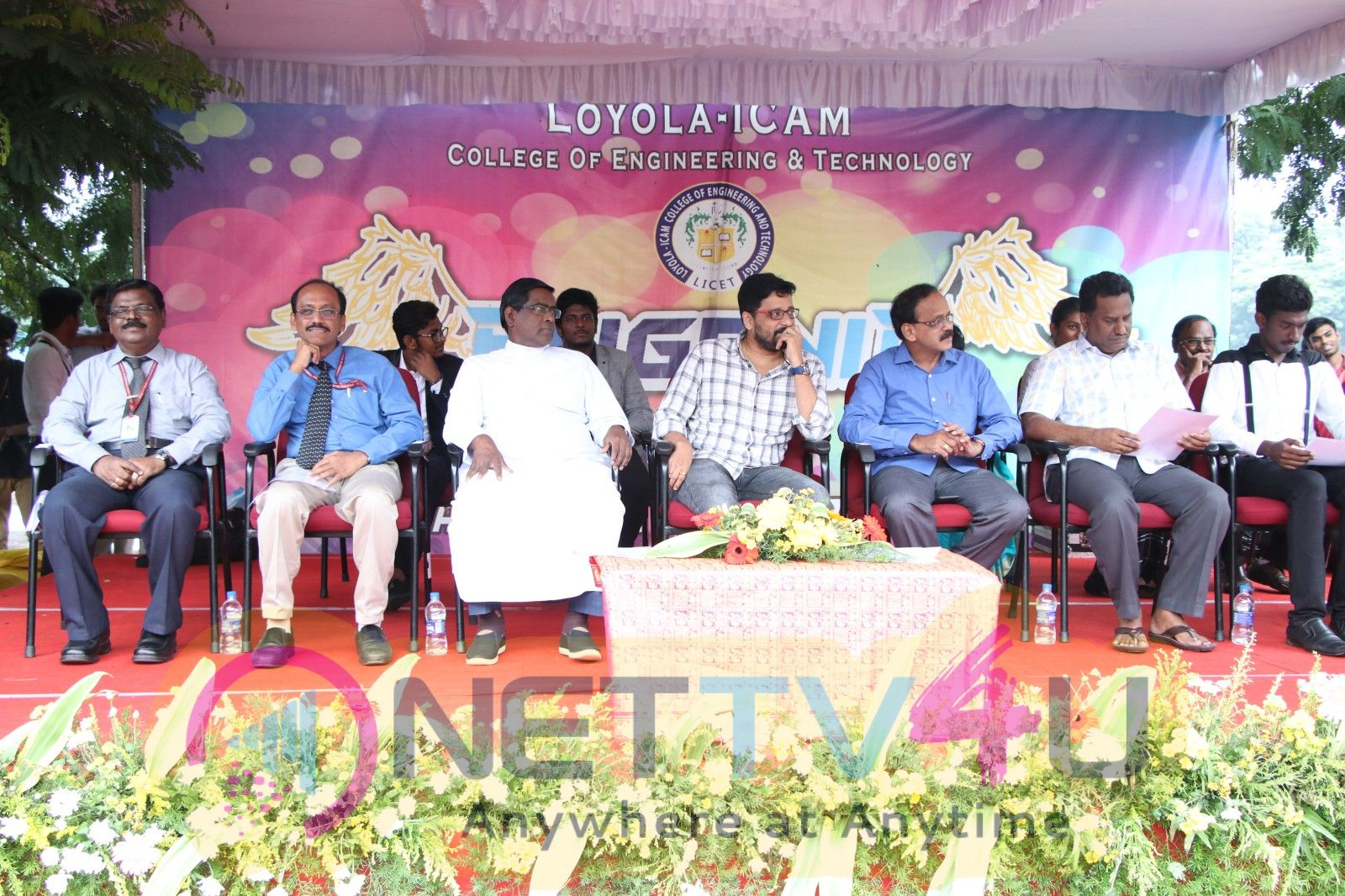 Kaatrin Mozhi Team At Loyola College Pics
