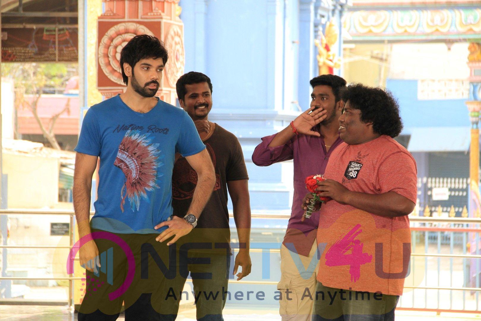 Sathya Movie Stills Tamil Gallery