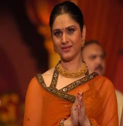 Meenakshi Seshadri Hindi Actress