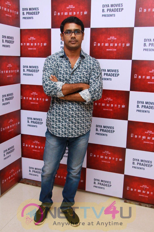 Kolaigaran Movie Pooja Pics