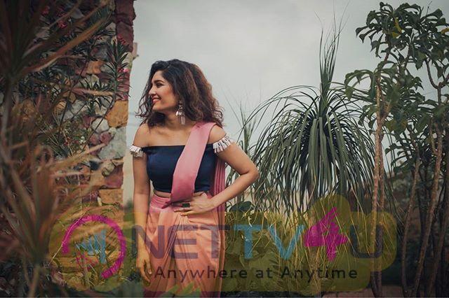 Actress Ritika Singh Rare Photo Collections