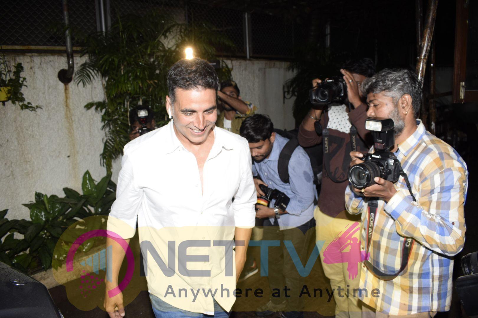Akshay Kumar Came To Dubbing Studio  Hindi Gallery