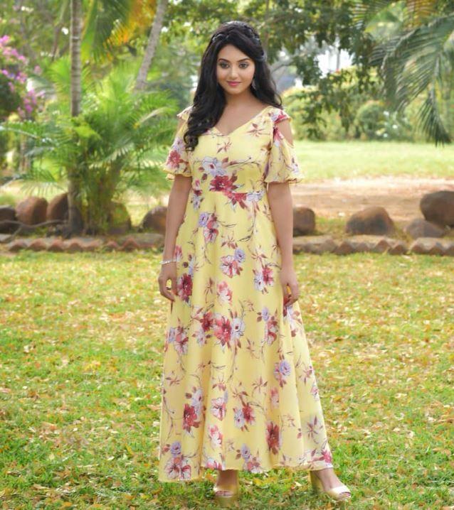 Actress Vidya Pradeep Gorgeous Images Tamil Gallery