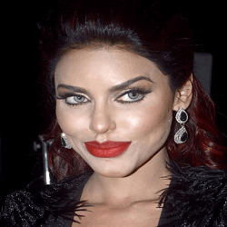 Gizele Thakral Hindi Actress