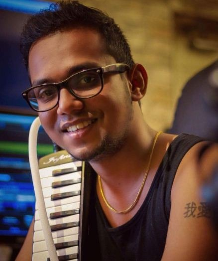 Pichaikaran Director Picks An Aspiring Musician In His Next!