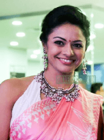 Pooja Sarathkumar To Make Debut Through A Trilingual