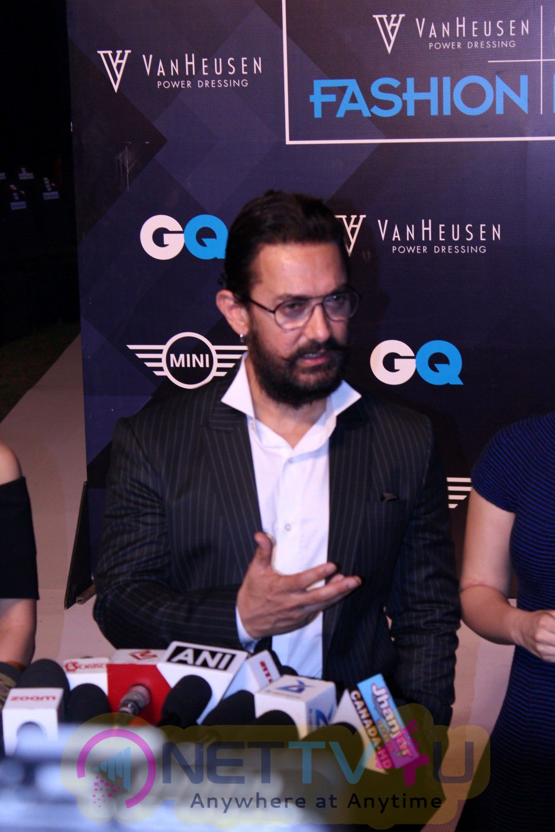 Aamir Khan & Anil Kapoor At Van Heusen & GQ Fashion Night 2 Day 2016 Pics