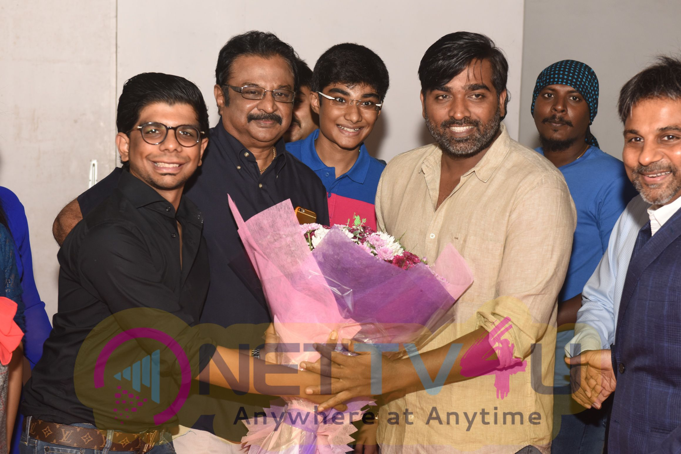 Actor Vijay Sethupathi Launches IPhoneography Photography Exhibition Cute Images