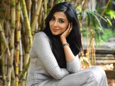 Guess Parvatii Nair's Role In Seethakathi!