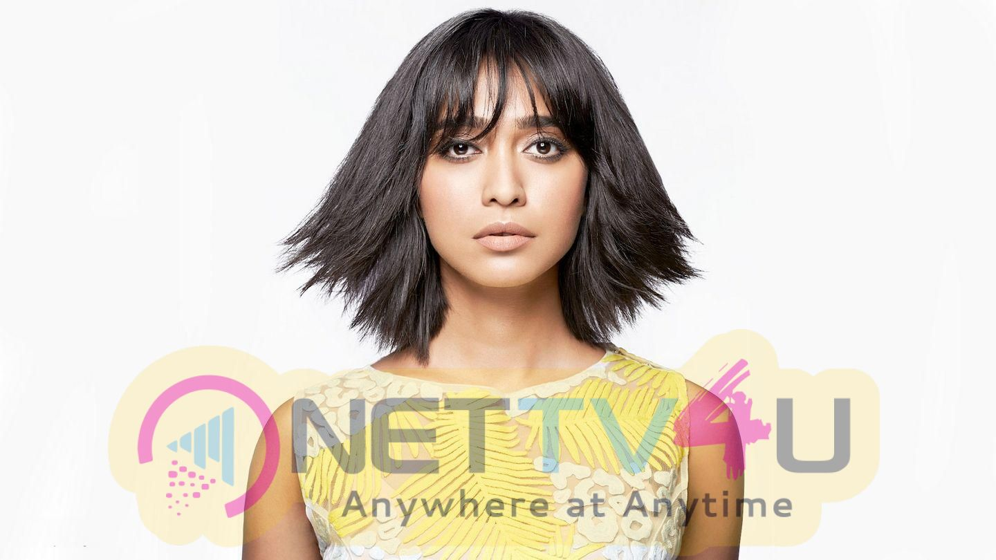 Actress Sayani Gupta Cute Stills Hindi Gallery