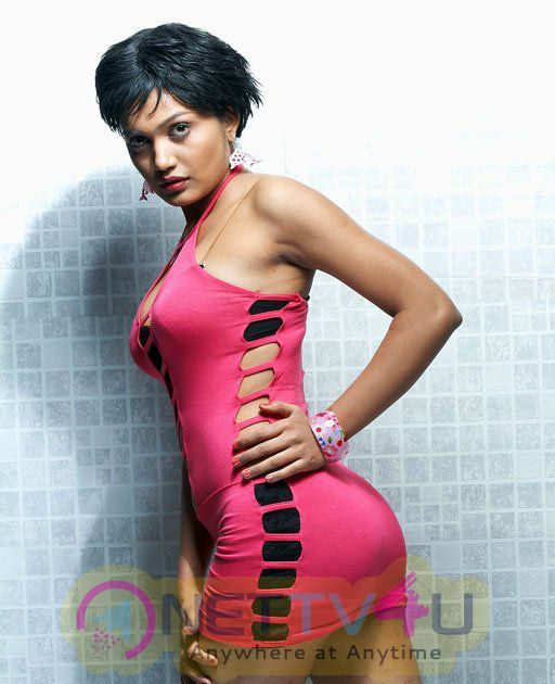 Spicy And Hot Photoshoot Of Anamika