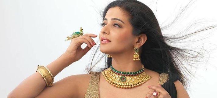 Priyamani Makes A Comeback Into Movies After Ma..