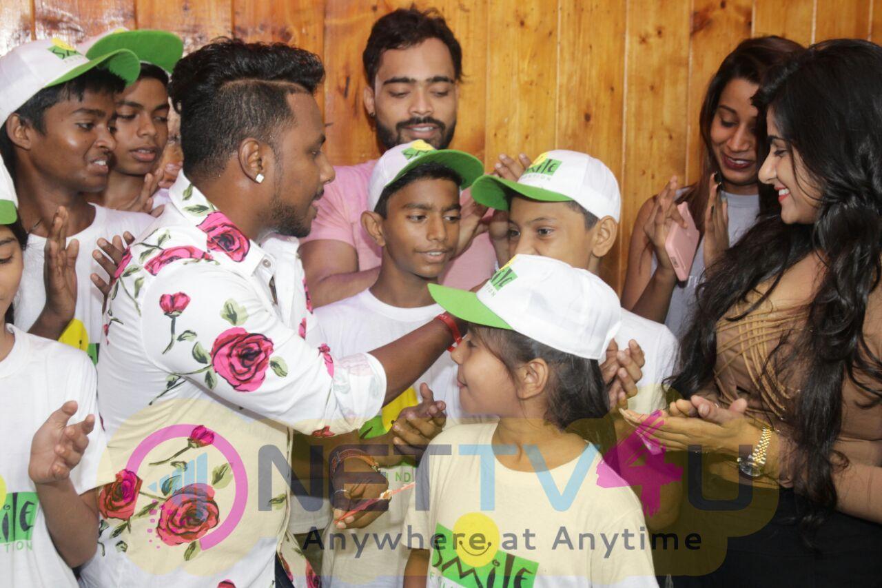 Choreographer Paulson Thomas Celebrated His Birthday With Smile Foundation Children Pics