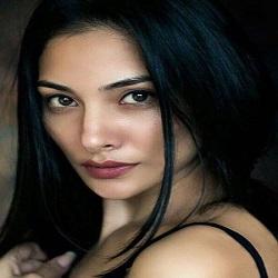 Renuca Singh Hindi Actress