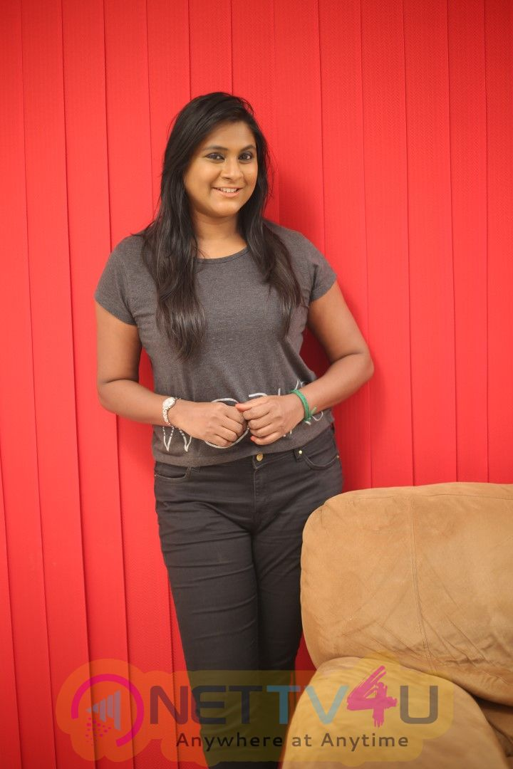 Actress Puvisha Manoharan Exclusive Interview Stills