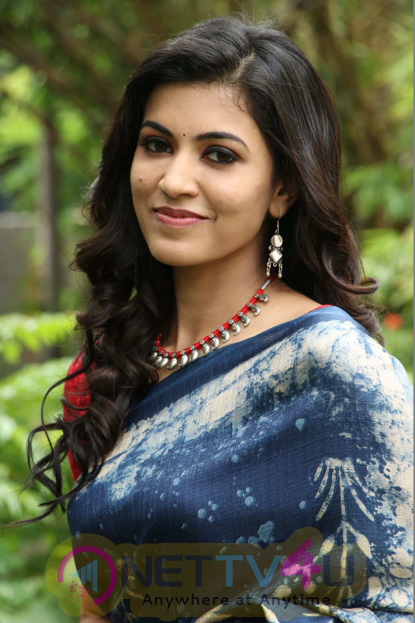 Actress Anju Kurian Attractive Stills Malayalam Gallery