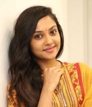 Smruthi Venkat Tamil Actress