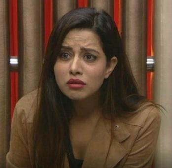 Raiza's Sympathy Towards Oviya!