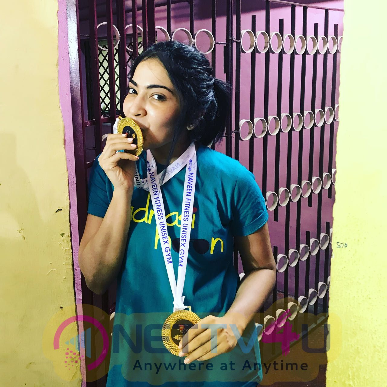 V J Ramya Subramanian Got Two Gold Medals In Dead Life And Bench Press Championships Tamil Gallery