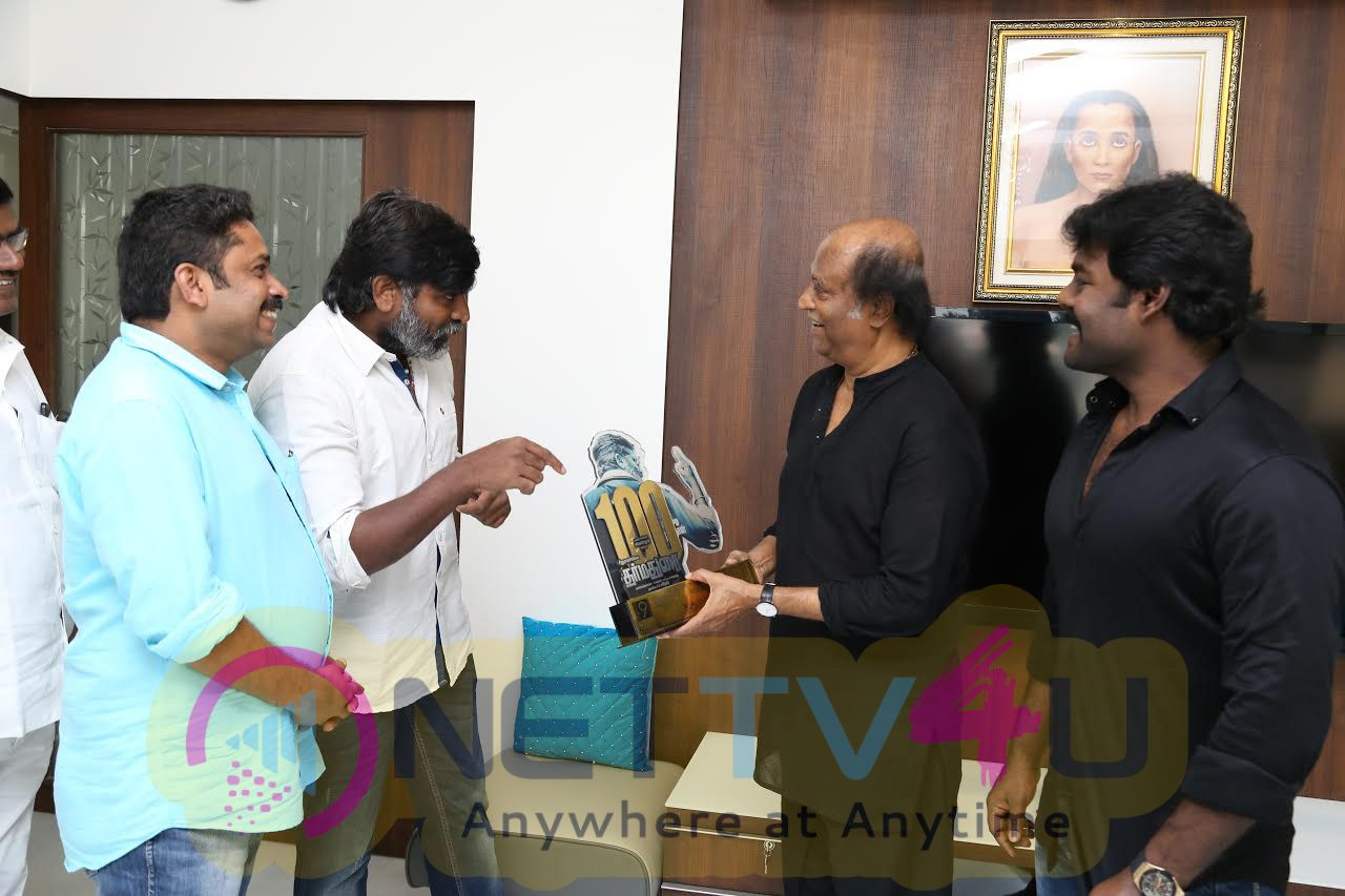 Dharma Durai Movie Team Meets Superstar Rajinikanth Photos