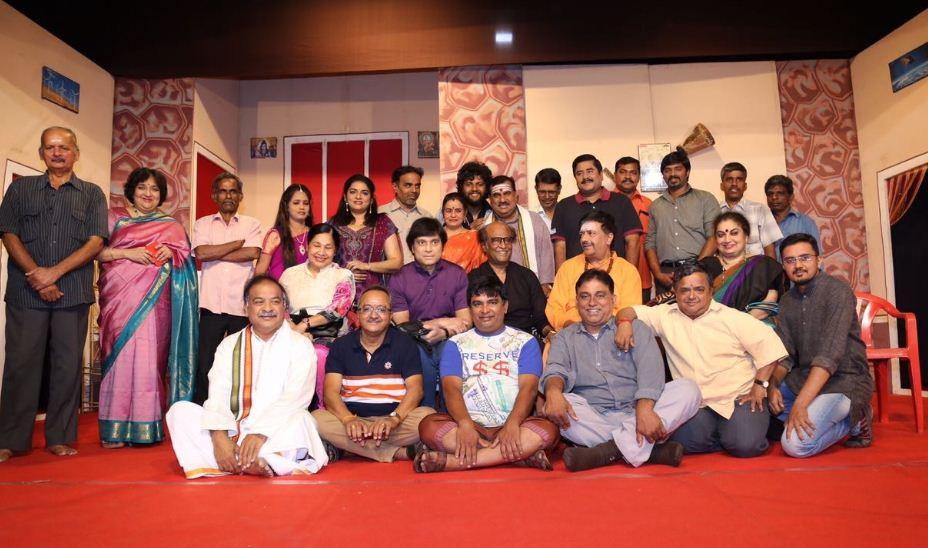 Superstar Rajinikanth Watched Y G Mahendra's Kase Thaan Kadavulada!