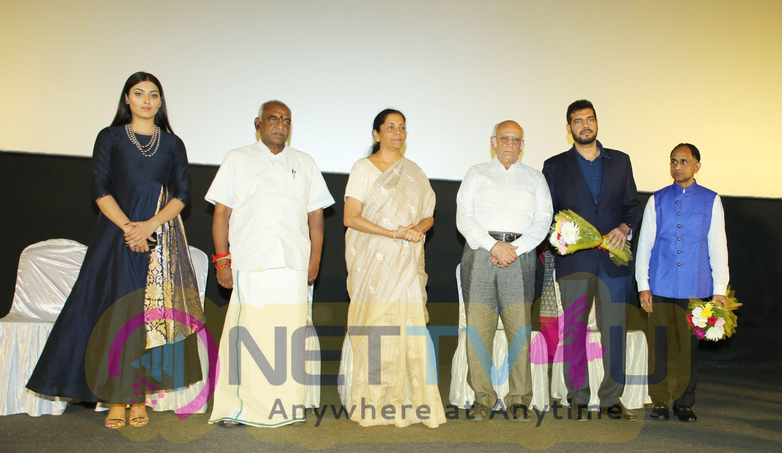 Chalo Jeete Hain Short Film Special Screening Stills Tamil Gallery
