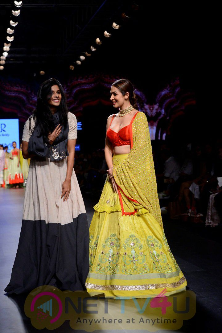 Malaika Arora Khan & Jim Sarbh Walks On Ramp At LFW Summer 2017 Stills