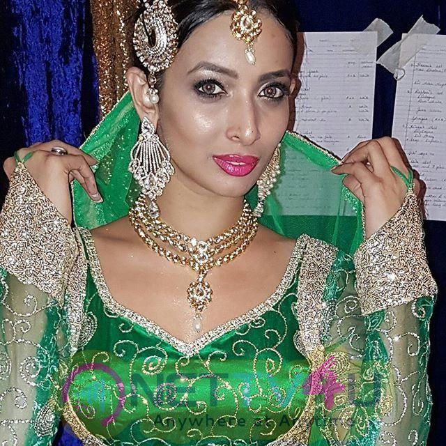 Heena Panchal Images