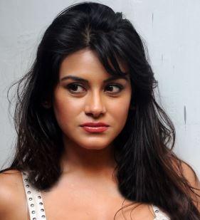 Bindu Chowdary Hindi Actress