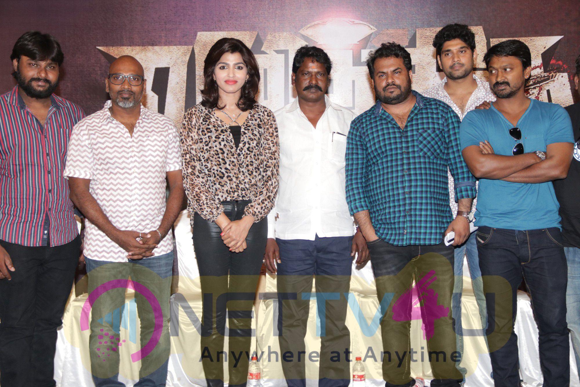 Photos Of  Vizhithiru Movie Press Meet
