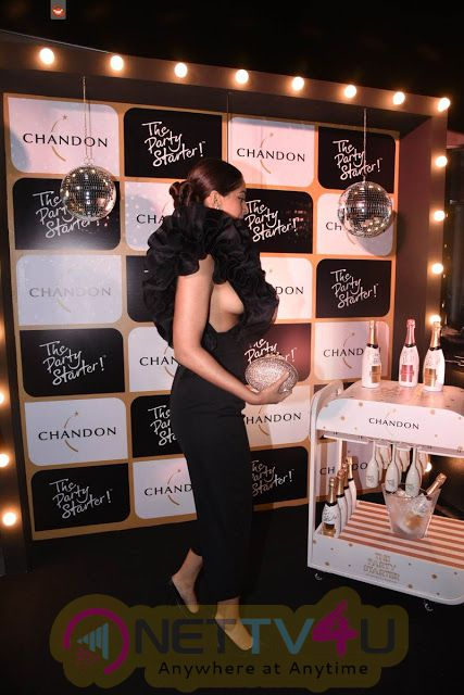 Sonam Kapoor Hot Cleavage At Launch Of Chandon The Party Starter
