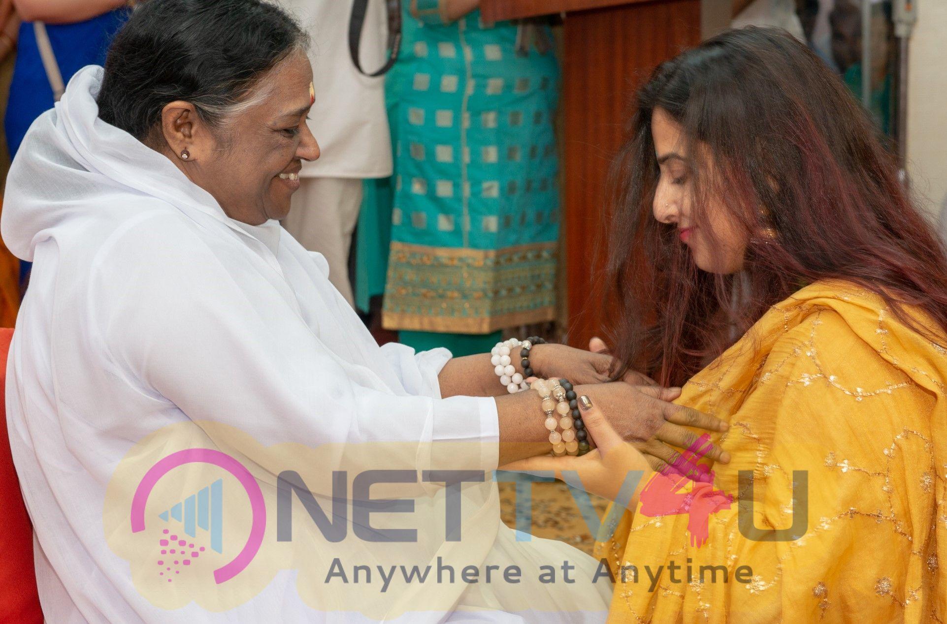 Actor Vidya Balan Along With Amma Distributed Sarees To The Ladies Pics