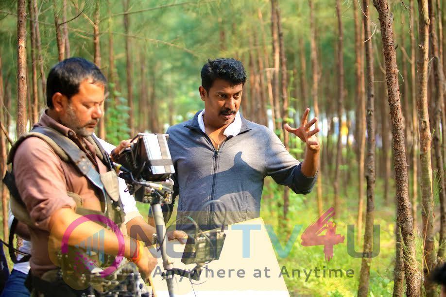 Thondan Movie Attractive Working Stills Tamil Gallery
