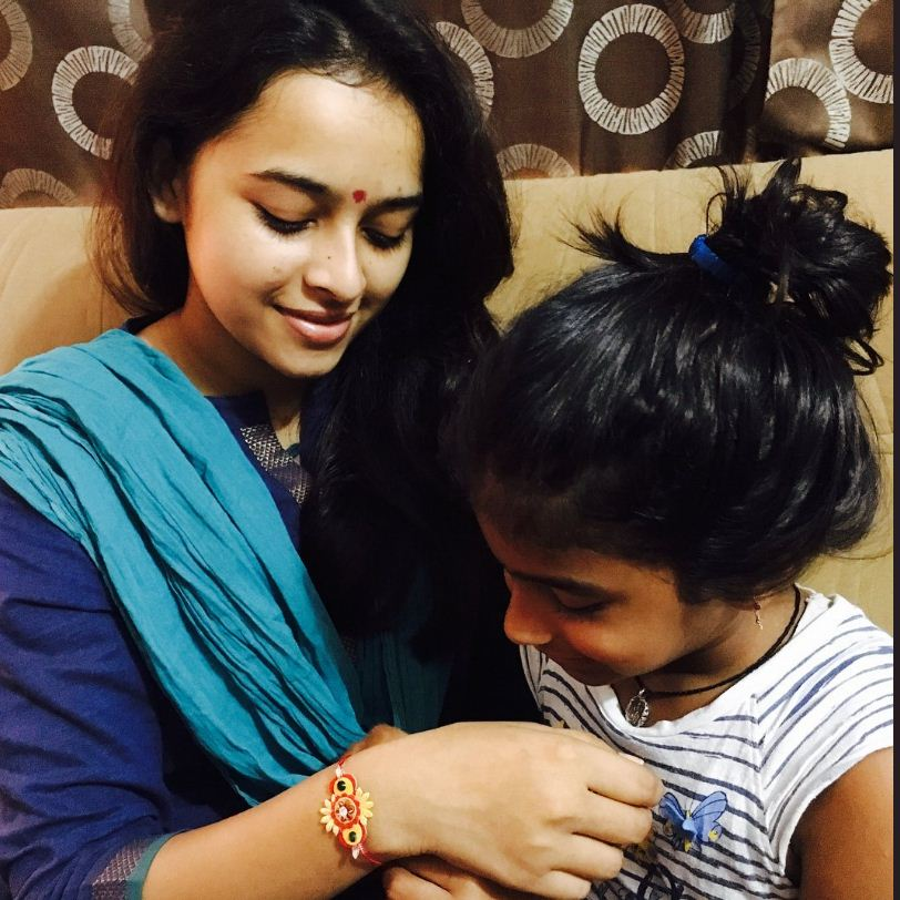 Sri Divya Celebrates Raksha Bandhan With Style!
