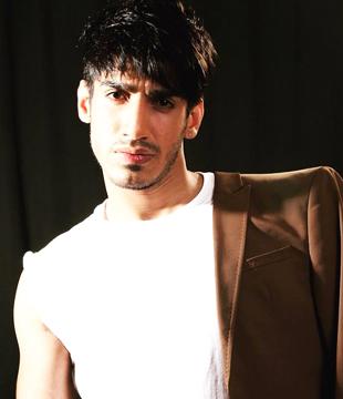 Paras Zutshi Hindi Actor